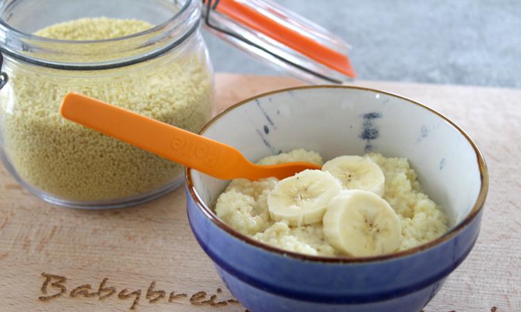 Babybrei mit Couscous und Banane