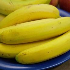 Süßer Couscous mit Milch und Banane