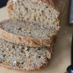 Karotten-Apfel-Brot für Babys und Kleinkinder