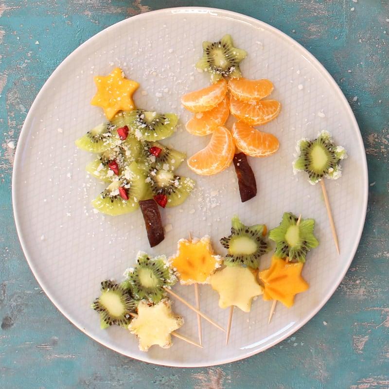 Weihnachtliche Obstspieße für Babys und Kleinkinder